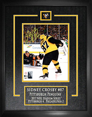 Sidney Crosby - Signed & Framed Etched Mat 8x10 Stadium Series (Crosby Framed)