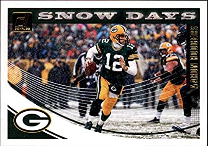 2018 Donruss Snow Days Football Card  10 Aaron Rodgers NM-MT Green Bay  Packers b9ef7b47f