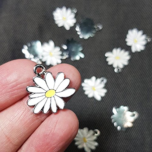 - 12 Little White Yellow Daisy Flower Charms 20x20mm Enamel Charm Pendant (NS803)
