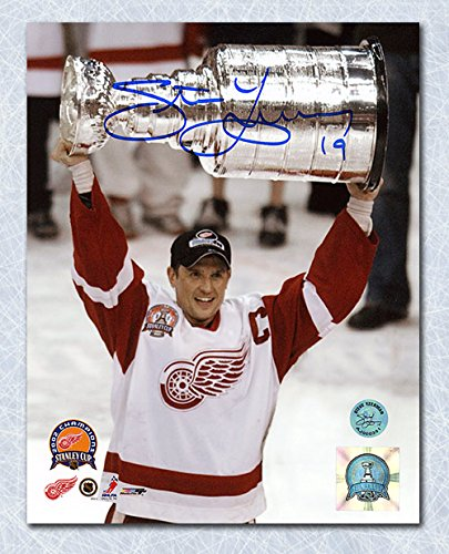 Autograph-Authentic-YZES106042-Steve-Yzerman-Detroit-Red-Wings-Autographed-2002-Stanley-Cup-11-x-14-in-Photo