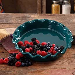 The Pioneer Woman 9  Ruffle Top Ceramic Pie Pan Multiple Colors (1) 0782560425775 Amazon.com Books & The Pioneer Woman 9