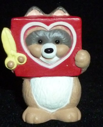(Hallmark Merry Miniature Valentine's Day Raccoon With Cutout Heart Figurine)
