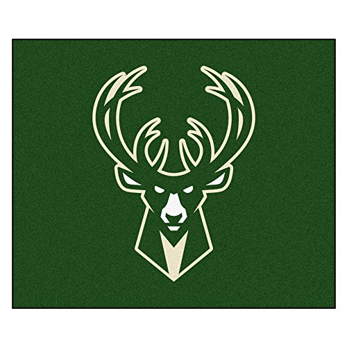 FANMATS 19454 NBA - Milwaukee Bucks Tailgater Rug , Team Color, 59.5''x71'' by Fanmats