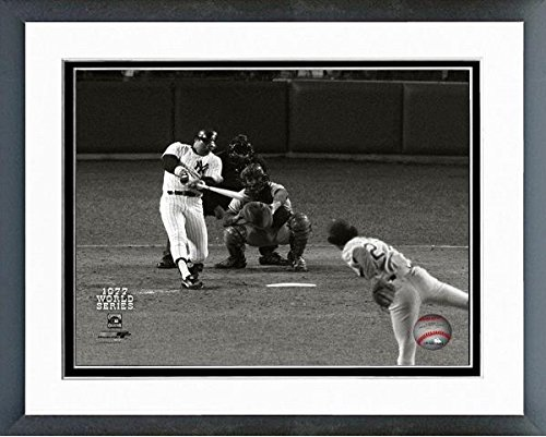 Reggie Jackson New York Yankees 1977 World Series Game 6 Home Run #2 Photo (Size: 18