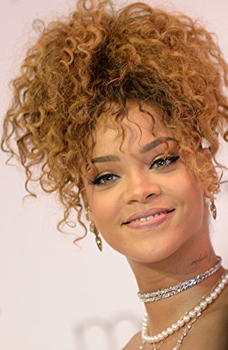 Rihanna At In-Store Appearance For Rihanna Launches New Fragrance Riri MacyS Downtown Brooklyn Department Store Brooklyn Ny August 31 2015 Photo By Kristin CallahanEverett Collection Photo Print (8 x (Macy ' Downtown)