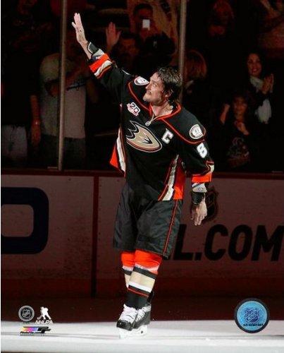 Teemu Selanne Anaheim Ducks Final NHL Regular Season Game Photo 8x10 (Anaheim Selanne Teemu Ducks)