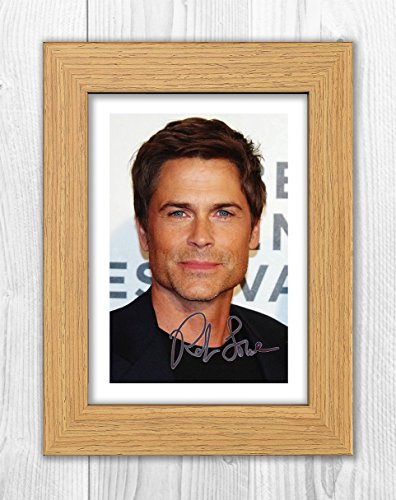 Engravia Digital Rob Lowe 1 SP - Signed Autograph Reproduction Photo A4 Print (Oak frame)
