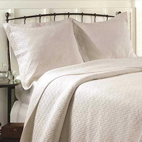 - Greenland Home Vashon King Quilt Set, Ivory