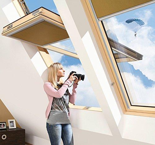FAKRO Dachfenster Mit Höher Versetzter Schwingachse Aus Holz FYP-V U3 78 x 140