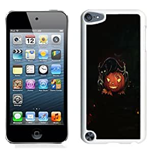Fashion Custom Designed Cover Case For iPod Touch 5 Phone Case With Carved Pumpkin And Evil Black Cat Halloween_White Phone Case