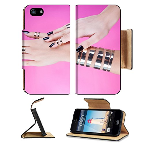 msd-premium-apple-iphone-5-iphone-5s-flip-pu-leather-wallet-case-woman-with-black-manicure-wearing-g
