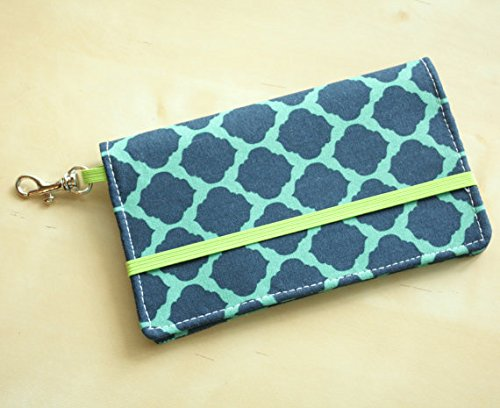 kailo-chic-extra-large-cell-phone-wallet-mint-morccn