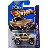 2013 Hot Wheels Hw Showroom - 1987 Toyota Pickup Truck - Tan