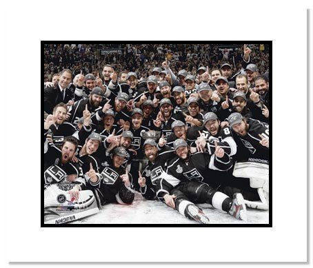 Kings Rob Blake Signed Authentic 8X10 Photo Autographed PSA/DNA #Z57102 285609398