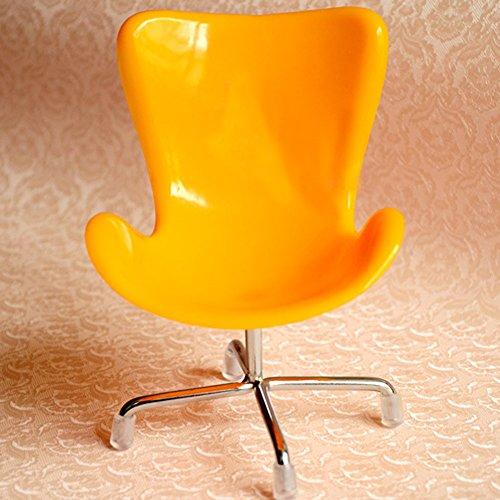 Dahey cute hedgehog mini chair small animal toy plastic for Small cute chairs