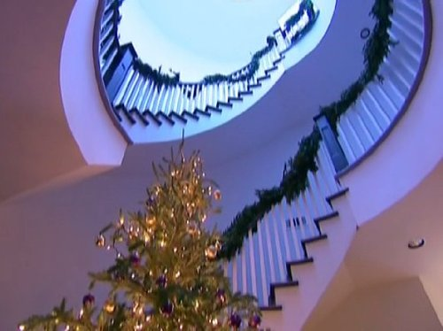 Petal Pushers - Season 1, Episode 13 - Ho! Ho! Ho! (Arrangement Season Festive)