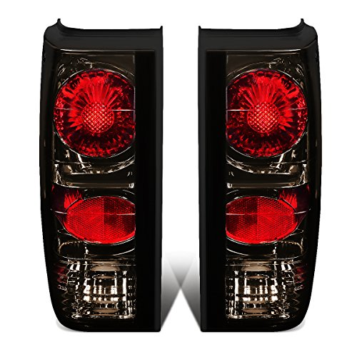 DNAMotoring TL-AT-S1092-SM Tail Light Assembly, Driver and Passenger Side