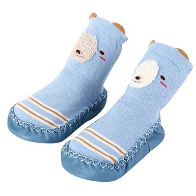 16eb46655b822 DAY8 Chaussette Antidérapante Bébé Fille Hiver Chaussettes Bébé Garçon  Naissance Hautes Cartoon Mignon Sock Chaussures Premiers