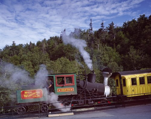24 x 36 Giclee print of Engine and coach of the world first cog railway which climbs Mount Washington in New Hampshire r32 [between 1980 and 2006] by Highsmith, Carol (Early Engine Mount)