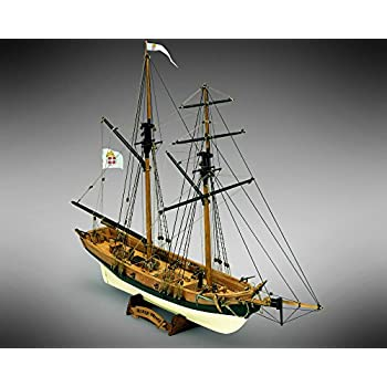 Amazon.com: Black Prince – Modelo Ship Kit por Mamoli: Toys ...