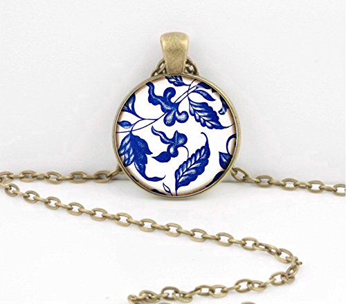 (Blue and White Porcelain Ming China Pattern Pendant Necklace Inspiration Jewelry or Key Ring )