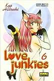 LOVE JUNKIES 06