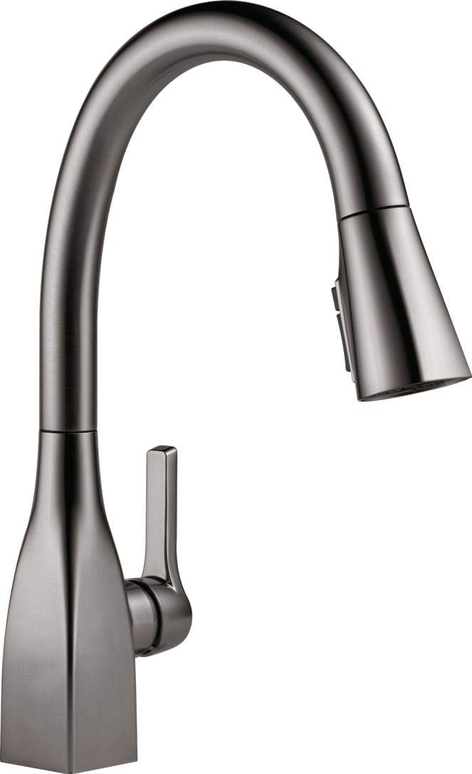 Delta Faucet 9183-KS-DST Single Handle Kitchen Faucet with ShieldSpray Technology Pull-Down Black Stainless