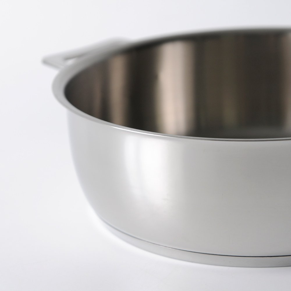 A Di Alessi,AJM102/24''POTS & PANS'', Low casserole with two handles in 18/10 stainless steel mirror polished,3 qt 19 ¾ oz