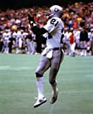 CLIFF BRANCH OAKLAND RAIDERS 8X10 SPORTS ACTION PHOTO J