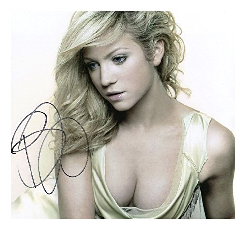 Autographed Snow - Photo Brittany Snow Signed Autographed 8 x 10