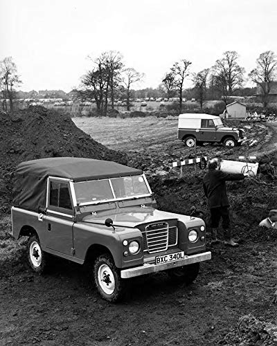 1973 Land Rover 88 Hardtop & Pickup Factory Photo (Hardtops Pickup)