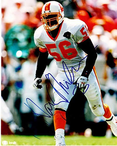 (Hardy Nickerson Signed - Autographed Tampa Bay Buccaneers - Tampa Bay Bucs 8x10 inch Photo - Guaranteed to pass PSA/DNA or JSA)