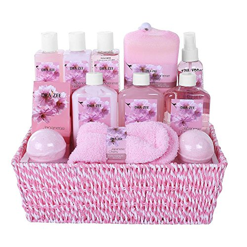 "Spa Bag Gift Set (Mothers Day Large Luxury ""Complete Spa at Home Experience"" Gift Basket for Women by Draizee –#1 Best Gift for Mom - Skin Care Set with Lotions, Creams, Bath Bombs & More (Complete Spa Basket))"