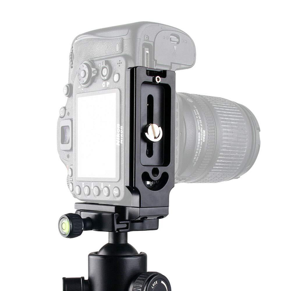 Gamogo SWM M2 BT Car Stereo Car Audio FM Radio 60 W Uscita Lettore MP3 Supporto USB Slot per schede TF 3.5mm AUX Chiamata a mani libere con microfono Telecomando senza fili
