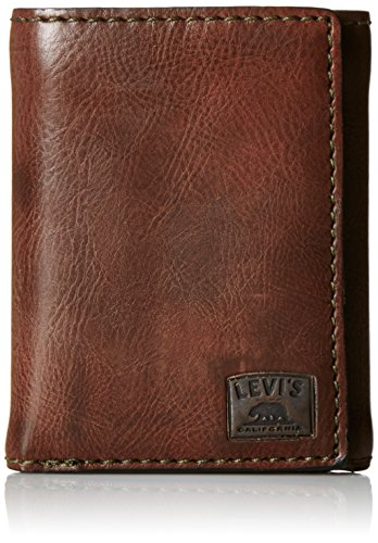 Levi's Men's Trifold Wallet - Sleek and Slim Includes ID Window and Credit Card Holder,Brown Stitch ()