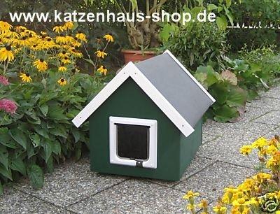 katzenhaus katzenh tte wetterfest f r drau en mit katzenklappe spitzdach farbe moosgr n. Black Bedroom Furniture Sets. Home Design Ideas