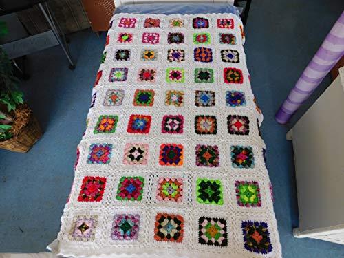 Granny Afghan, Throw, Blanket, Roseanne Afghan, White Border ()