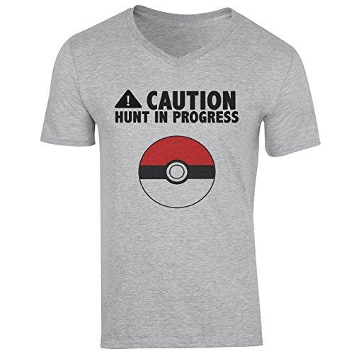 Caution Hunt In Progress Pokemon Inspired Small Herren V-Neck