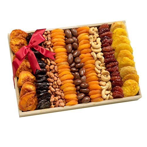 Broadway Basketeers Assorted Fruit Crate