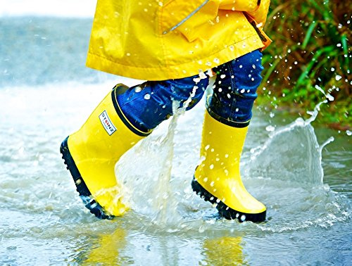 Stonz All-Natural Rubber Rainboot Rain Boots for Toddler Little Big Kid - Waterproof Colorful Warm - Summer Fall Winter - Red, Size 9T by Stonz (Image #4)
