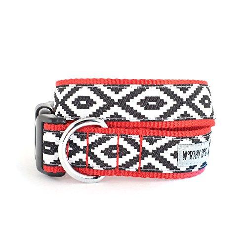 - The Worthy Dog   Kilim Diamond Pattern  Adjustable Designer Pet Dog Collar , Black/White, XL