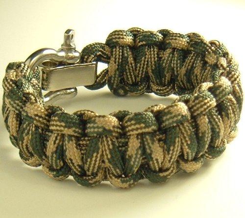 Adjustable Shackle Paracord Survival Bracelet-7 Wrist Sizes-20 Colors (Woodland Camo, 7.5″ Wrist), Outdoor Stuffs