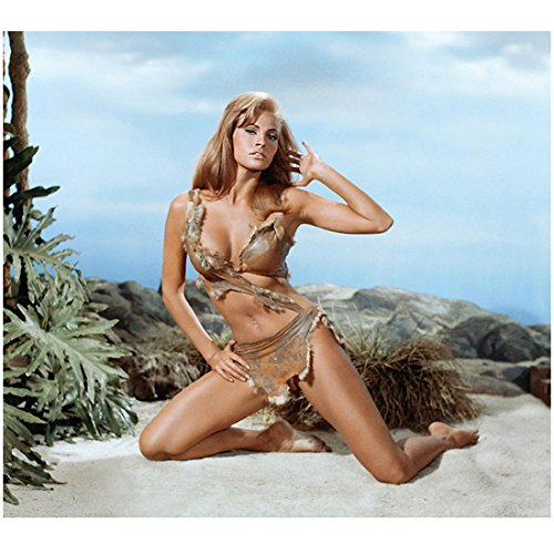 Raquel Welch 8x10 Photo One Million Years B.C. The Three Musketeers Legally Blonde Prehistoric Bikini Kneeling Leaning Right kn