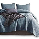 KASENTEX Stone Washed Quilted Coverlet Set with 2 Standard Shams, 100% Cotton Ultra Soft Bedspread, Traditional Country Chic Floral Embroidery Patterned, Full/Queen, Chambray Blue