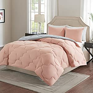 Comfort Spaces – Vixie Reversible Goose Down Alternative Comforter Mini Set - 3 Piece – All Season – Coral and Grey – Full / Queen size, includes 1 Comforter, 2 Shams