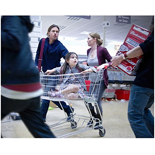 Brad Pitt 8 Inch x 10 Inch PHOTOGRAPH World War Z (2013) at Store Girl in Shopping Cart - Shopping Stores Hollywood