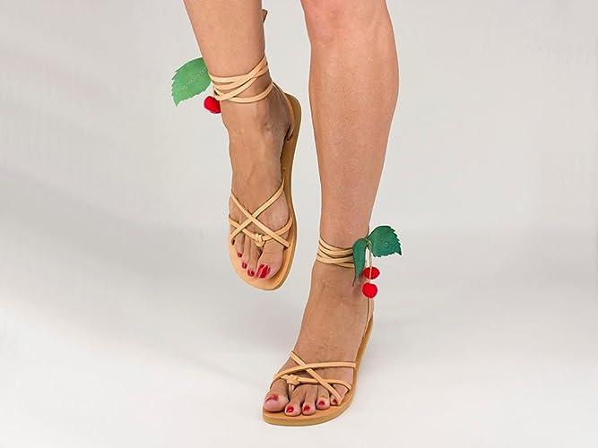 bd28b22f6821 Pom Pom Sandals
