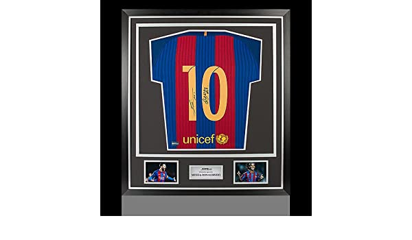 af1cbb172 Lionel Messi   Ronaldinho Back Autographed Signed Barcelona Home Shirt In  Classic Frame - Certified Authentic Soccer Signature at Amazon s Sports ...