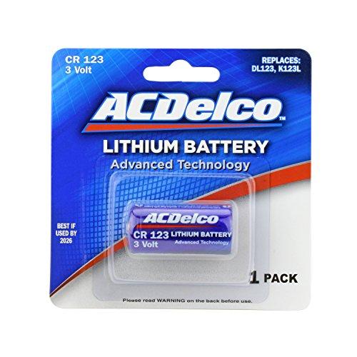 High Performance Lithium Flashlight Photo Batteries ()