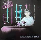 Sally Oldfield - Strange Day In Berlin - Bronze Records - 205 857-320